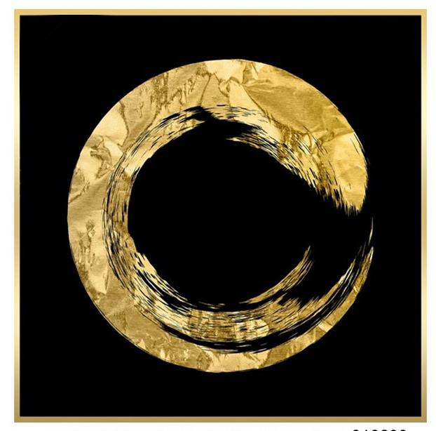 תמונת enso זהב על רקע שחור במסגרת מוזהבת
